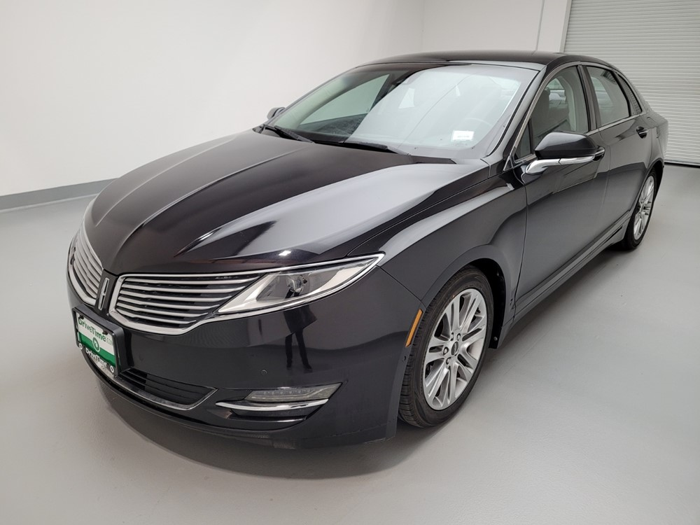 Used 2013 Lincoln MKZ Driver Front Bumper