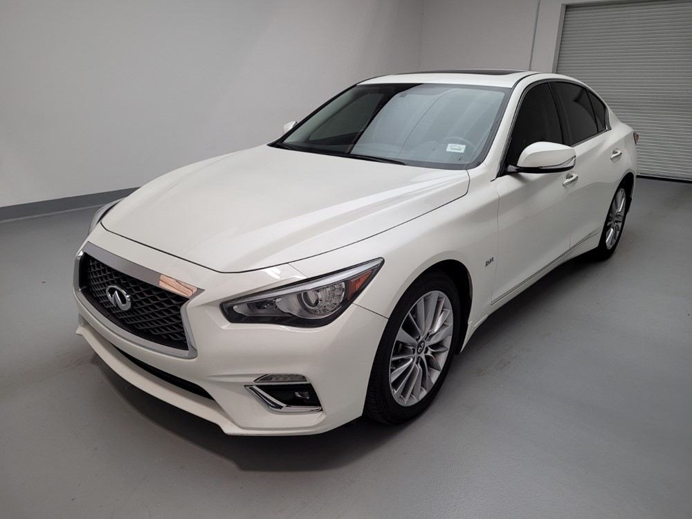 Used 2018 INFINITI Q50 Driver Front Bumper