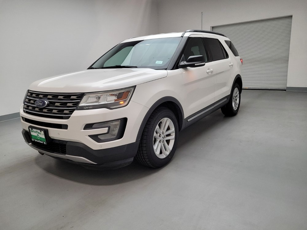 Used 2016 Ford Explorer Driver Front Bumper