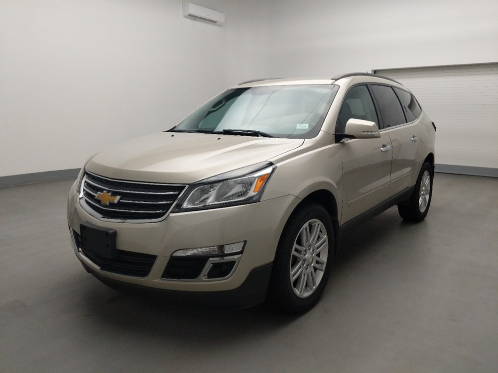 Used 2013 Chevrolet Traverse Driver Front Bumper
