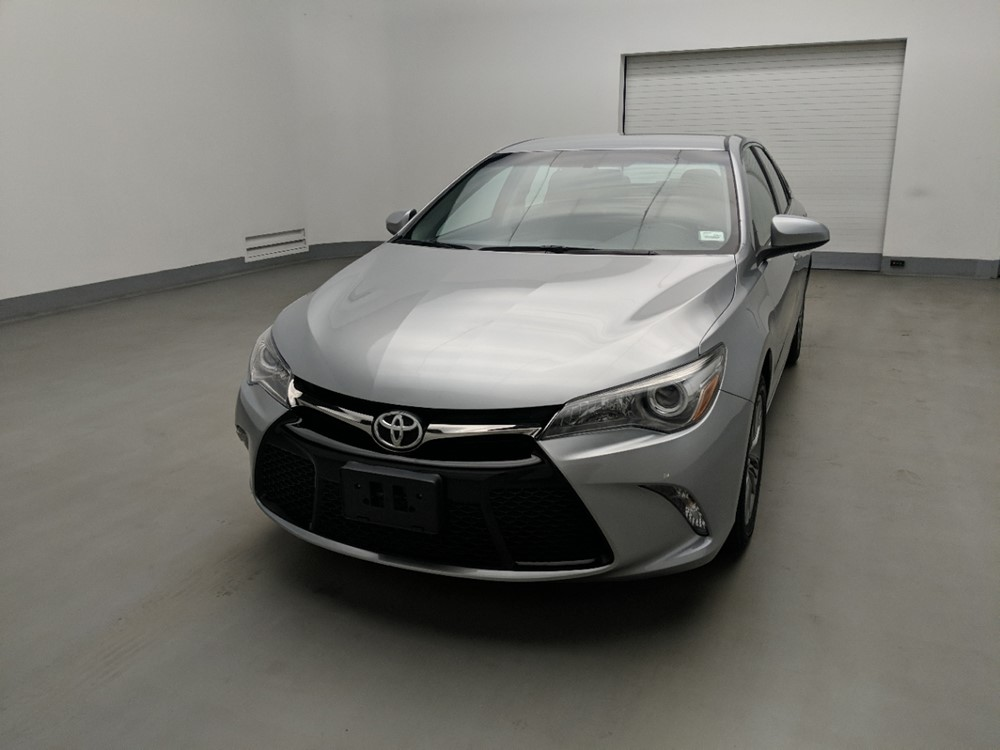Used 2017 Toyota Camry Driver Front Bumper