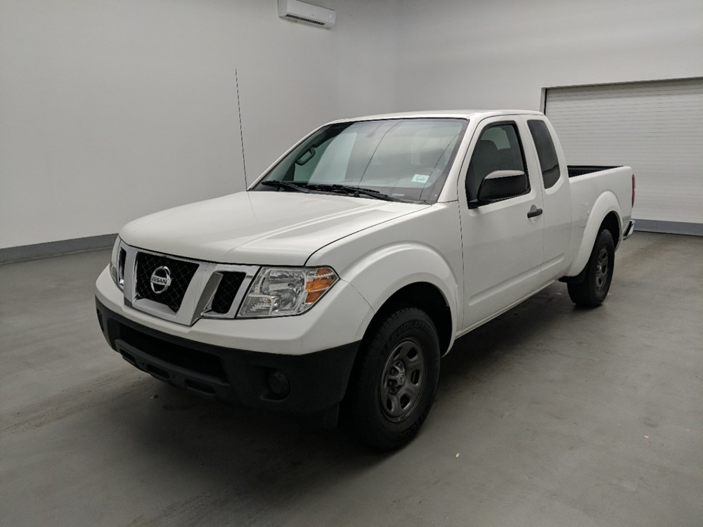 Used 2015 Nissan Frontier Driver Front Bumper