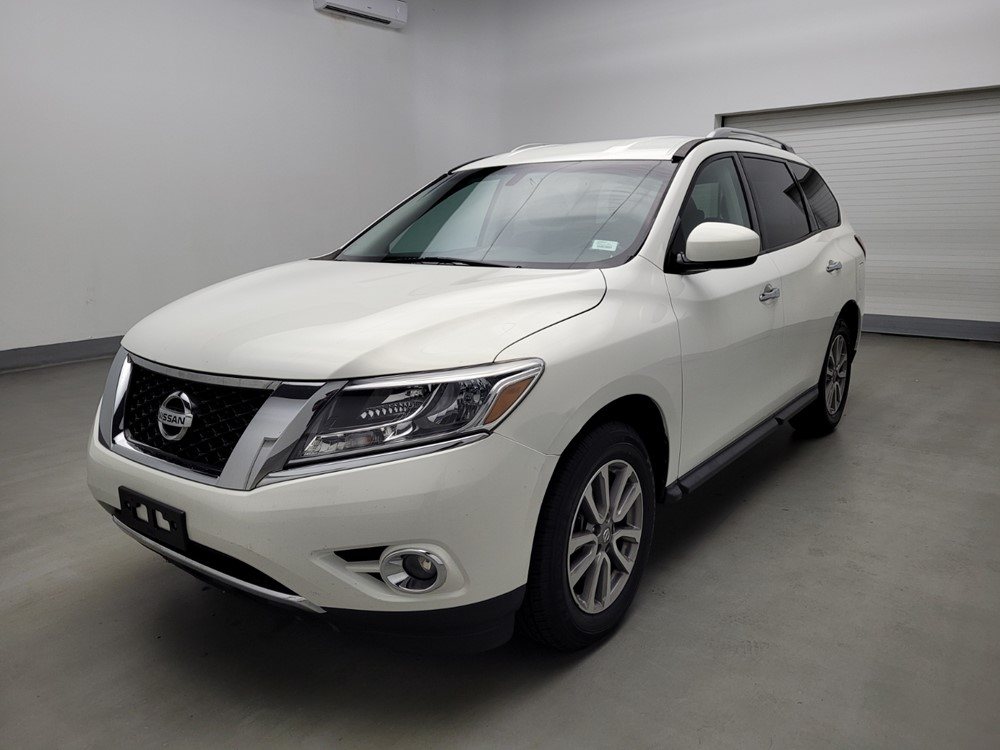 Used 2014 Nissan Pathfinder Driver Front Bumper