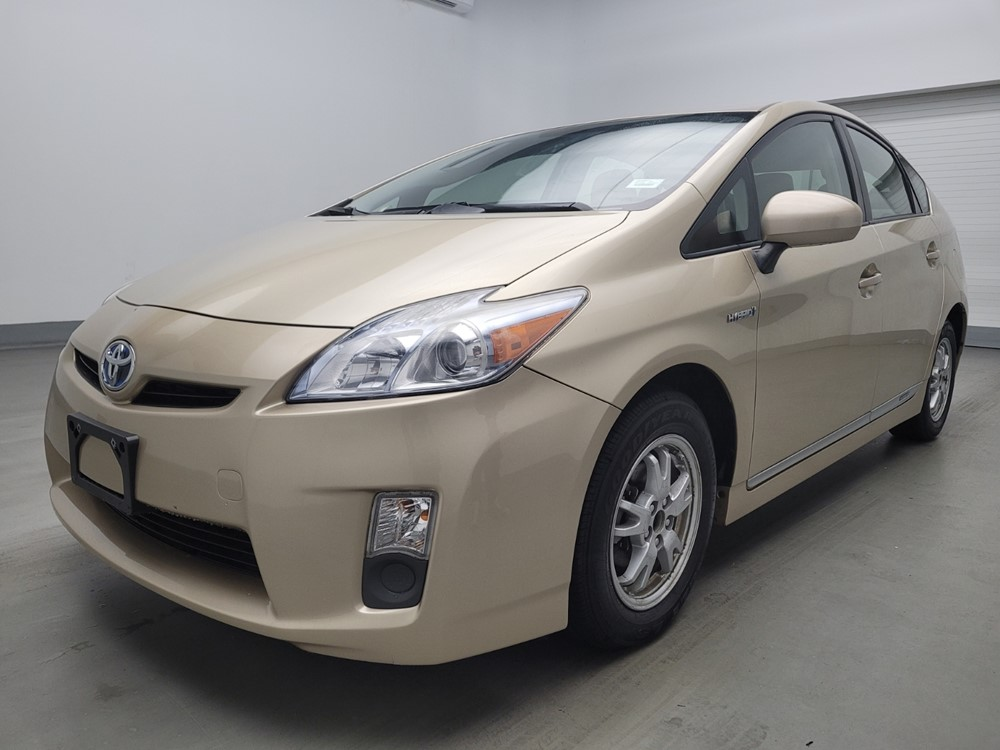 Used 2011 Toyota Prius Driver Front Bumper