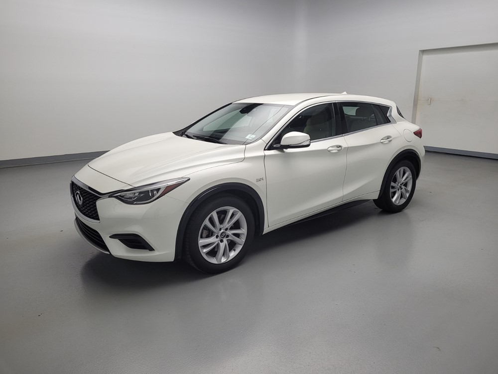 Used 2018 INFINITI Luxury Driver Front Bumper