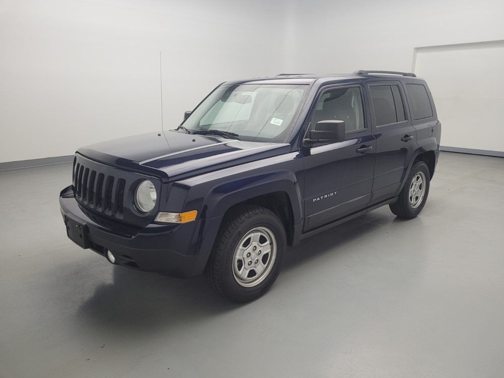 Used 2016 Jeep Patriot Driver Front Bumper