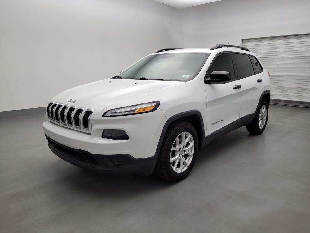 Used 2016 Jeep Cherokee Driver Front Bumper
