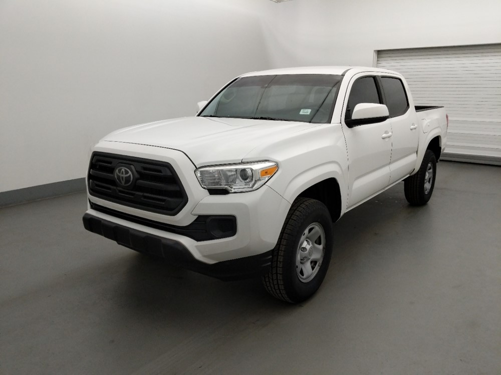 Used 2018 Toyota Tacoma Driver Front Bumper