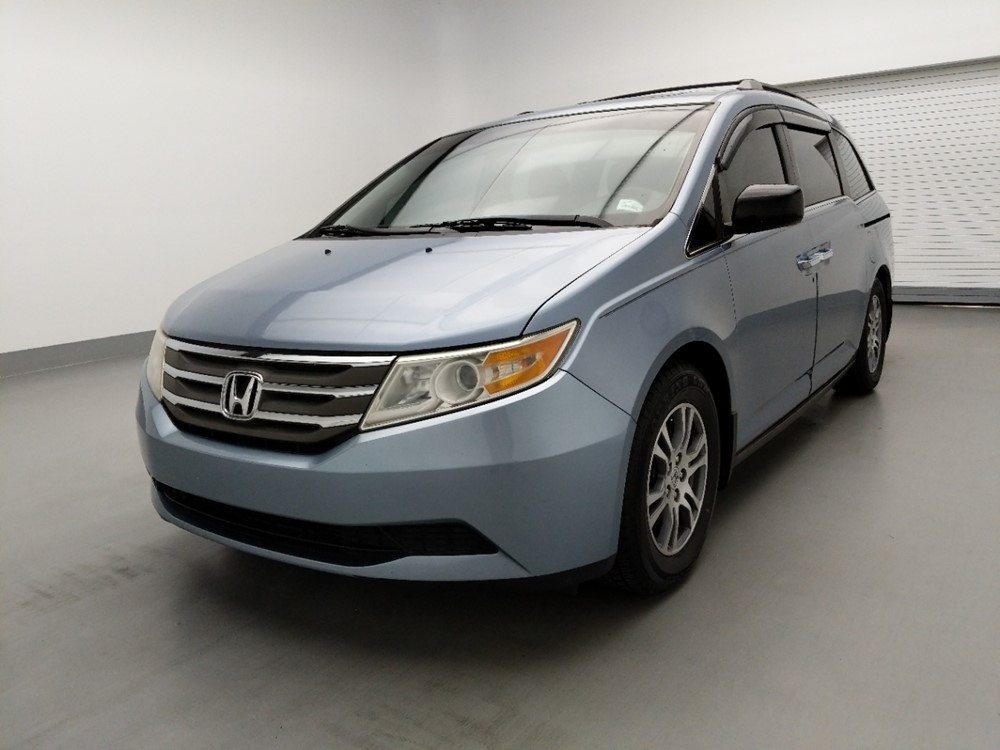 Used 2011 Honda Odyssey Driver Front Bumper