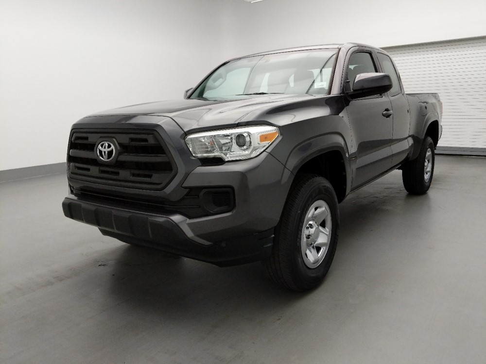 Used 2017 Toyota Tacoma Driver Front Bumper