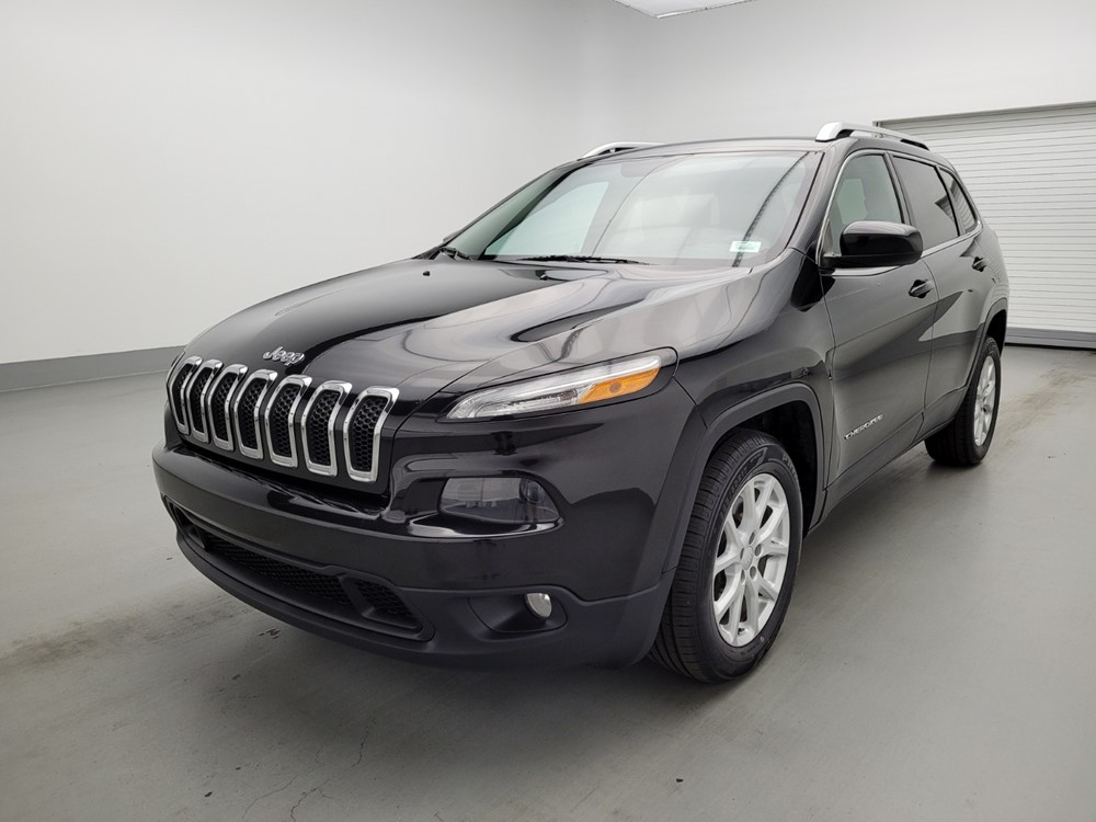 Used 2015 Jeep Cherokee Driver Front Bumper