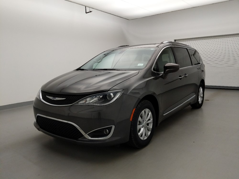 Used 2019 Chrysler Pacifica Driver Front Bumper