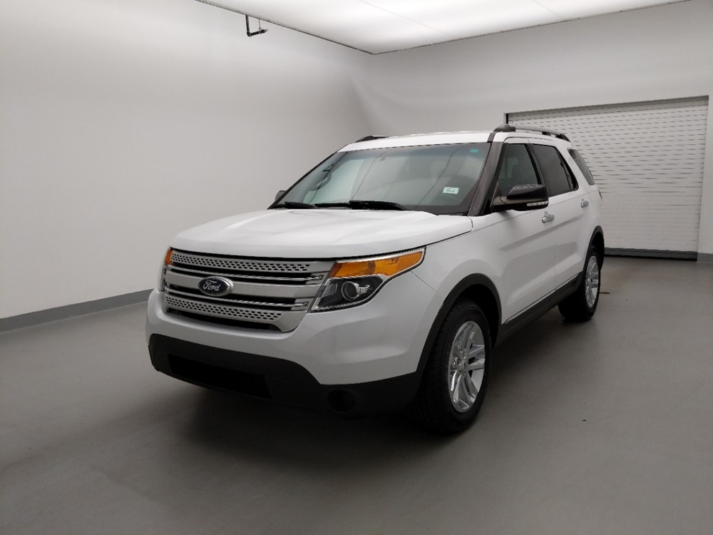 Used 2015 Ford Explorer Driver Front Bumper