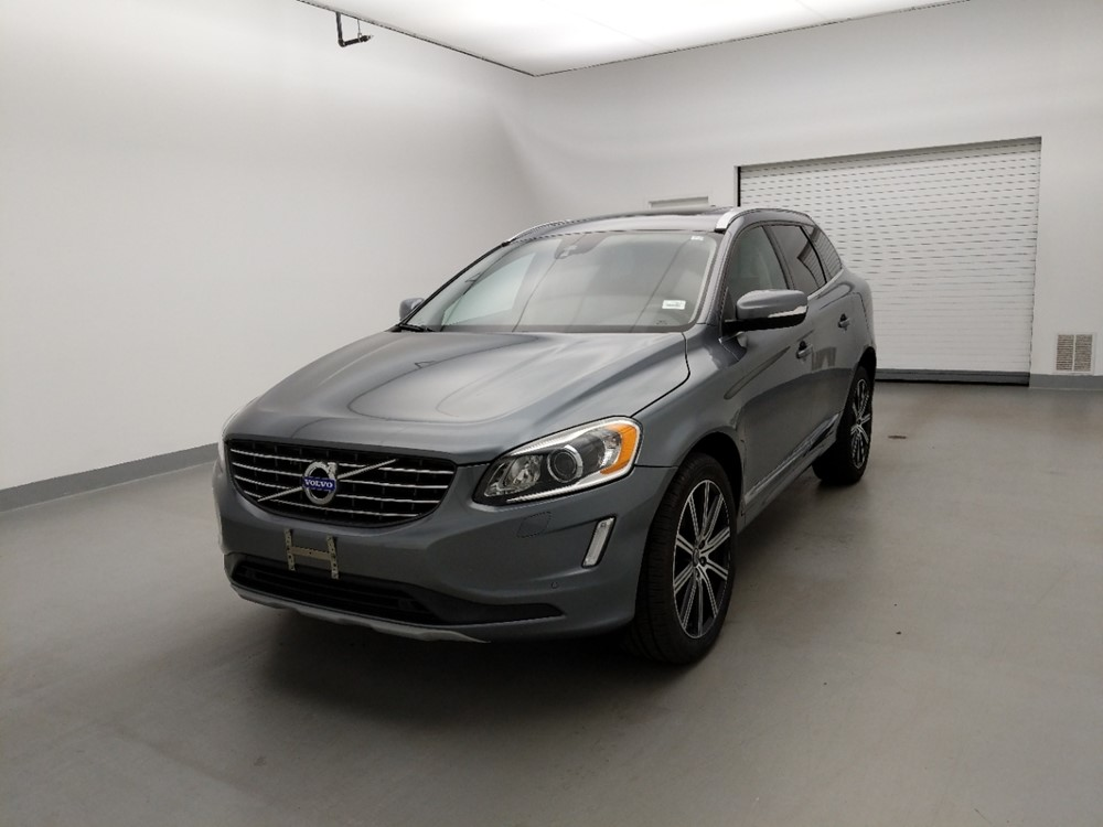 Used 2017 Volvo XC60 Driver Front Bumper