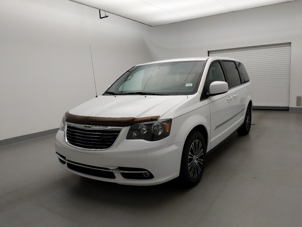 Used 2014 Chrysler Town and Country Driver Front Bumper