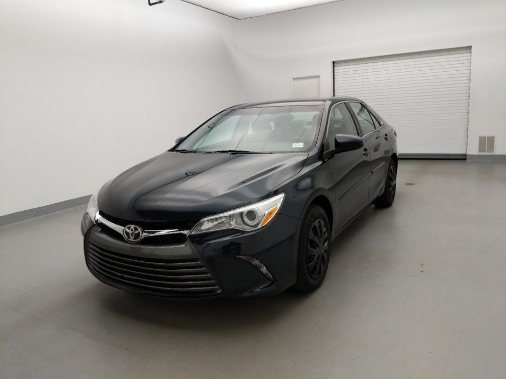 Used 2016 Toyota Camry Driver Front Bumper