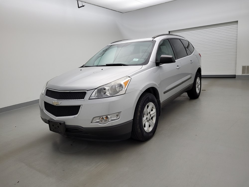 Used 2011 Chevrolet Traverse Driver Front Bumper