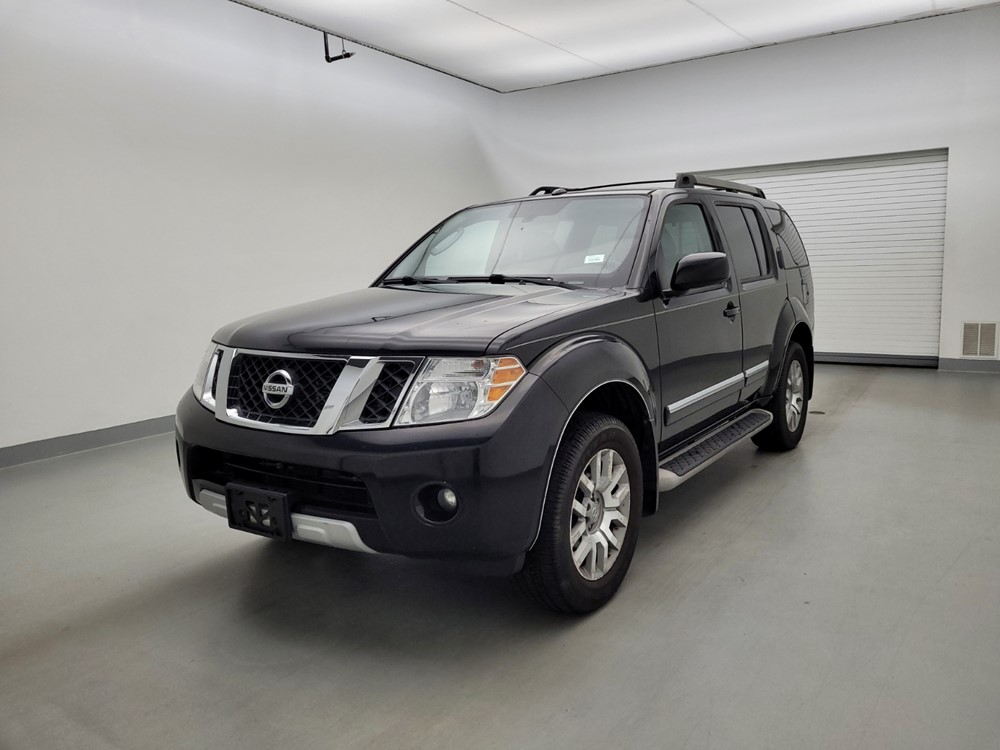 Used 2011 Nissan Pathfinder Driver Front Bumper