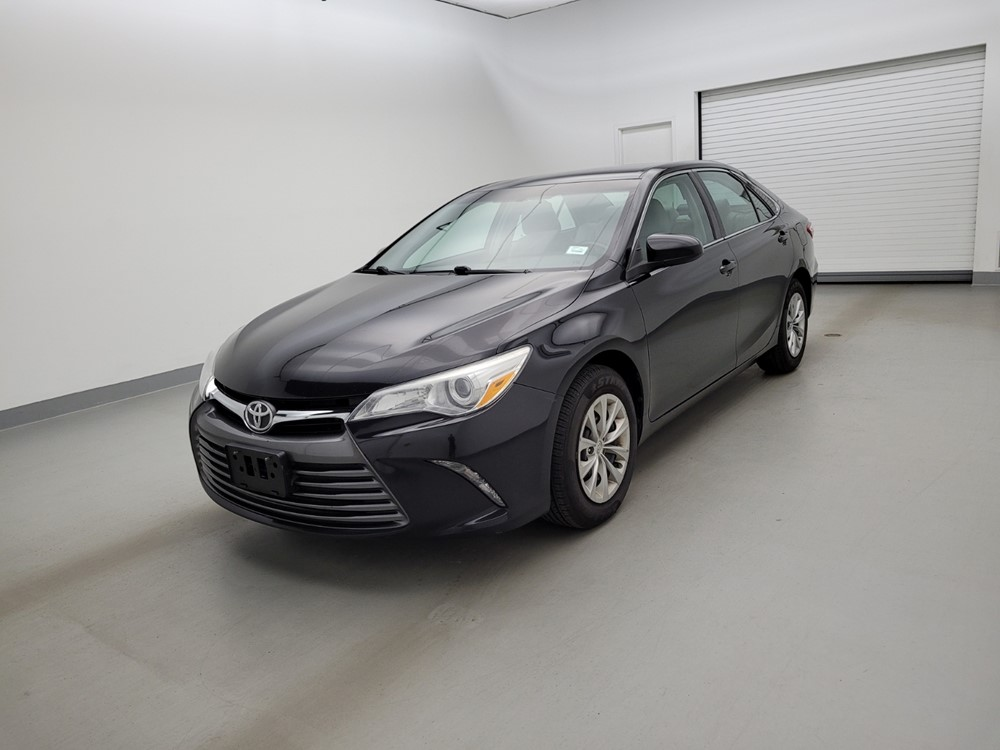 Used 2015 Toyota Camry Driver Front Bumper