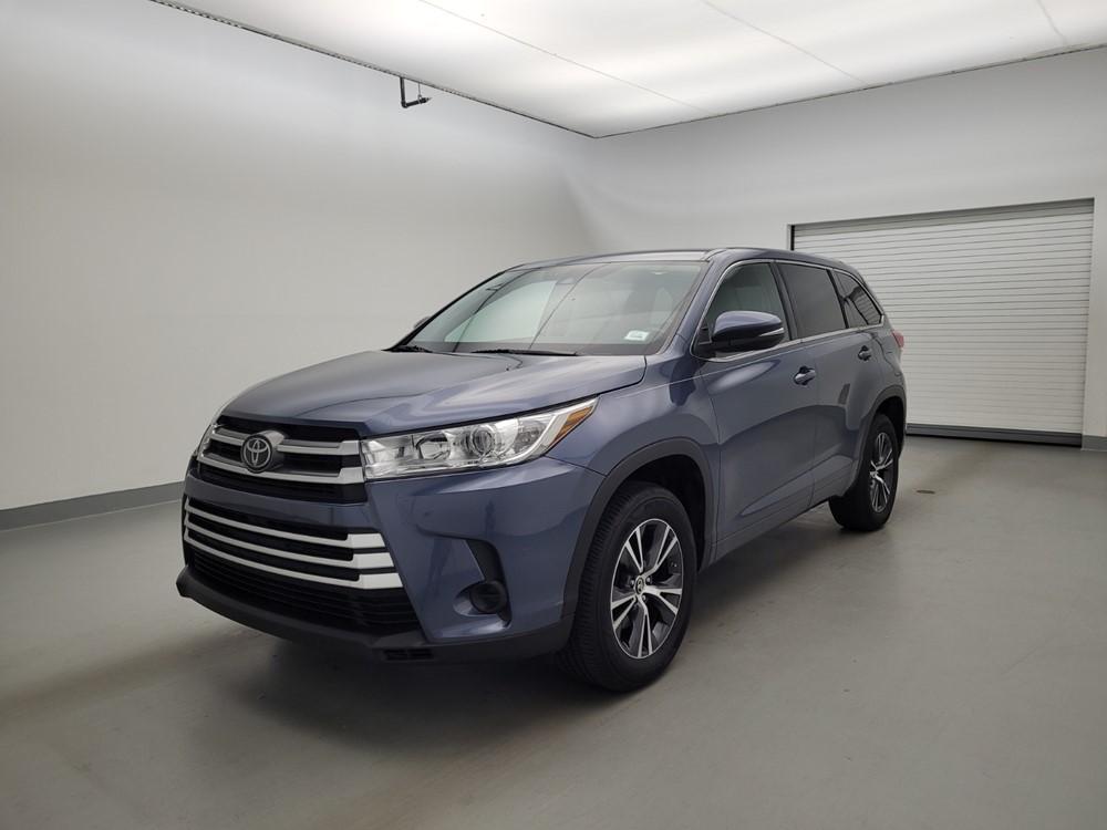 Used 2017 Toyota Highlander Driver Front Bumper
