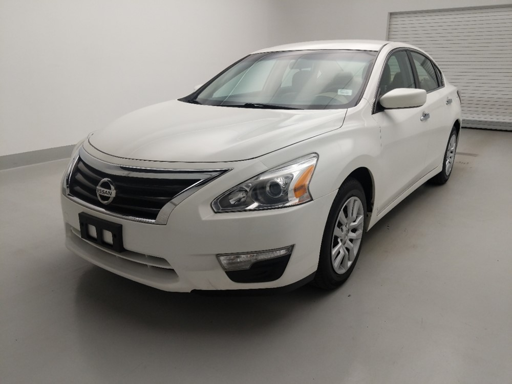 Used 2015 Nissan Altima Driver Front Bumper
