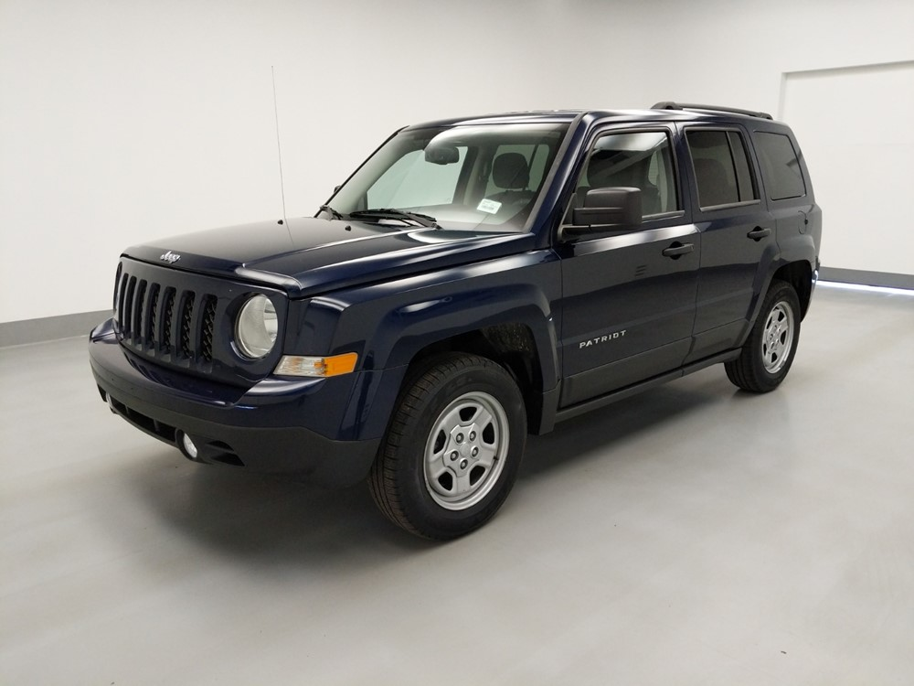 Used 2017 Jeep Patriot Driver Front Bumper
