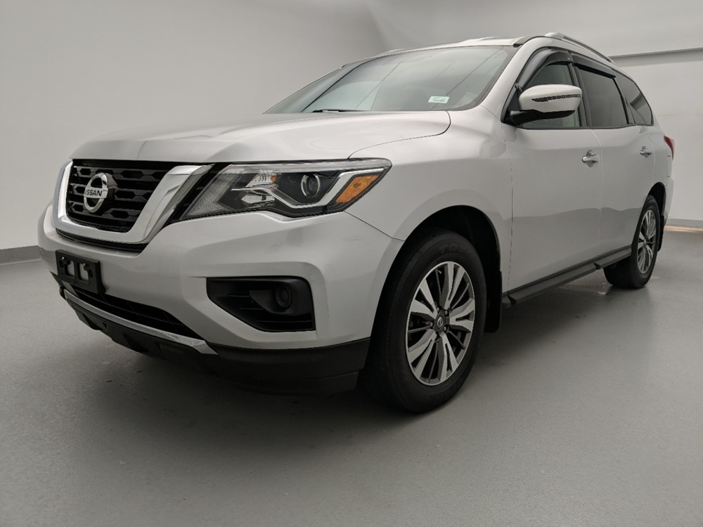 Used 2017 Nissan Pathfinder Driver Front Bumper