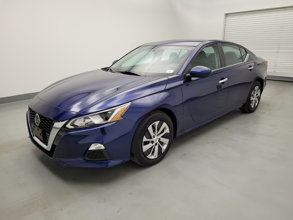 Used 2019 Nissan Altima Driver Front Bumper