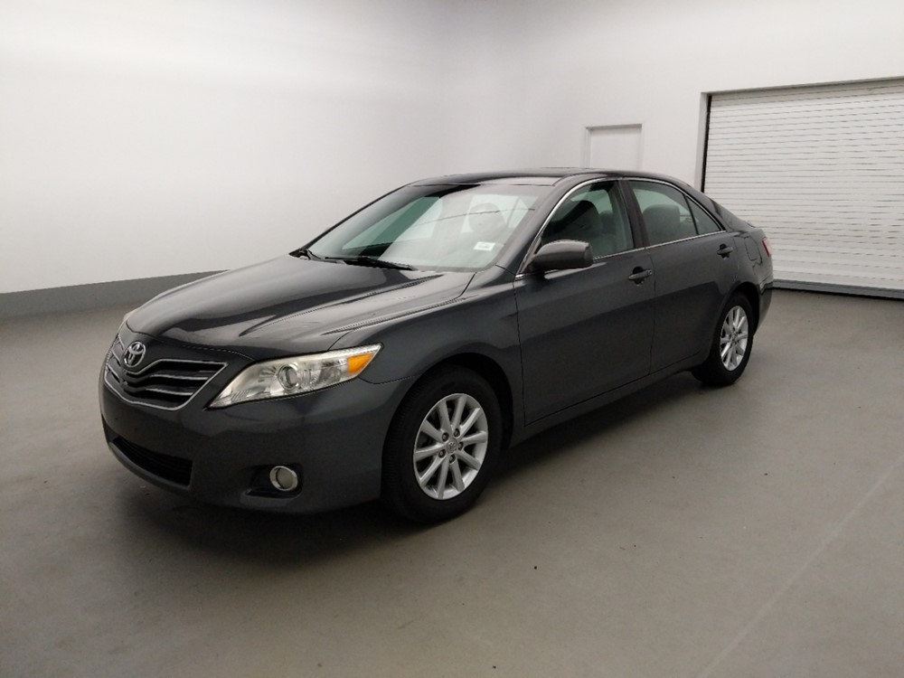 Used 2011 Toyota Camry Driver Front Bumper