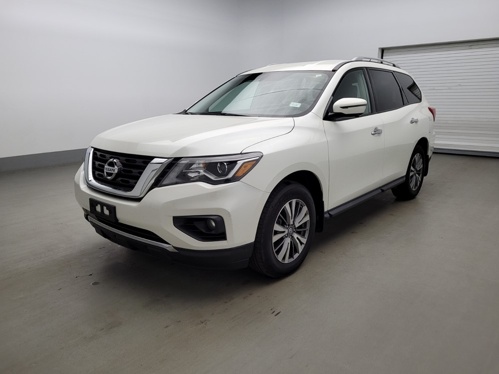 Used 2018 Nissan Pathfinder Driver Front Bumper