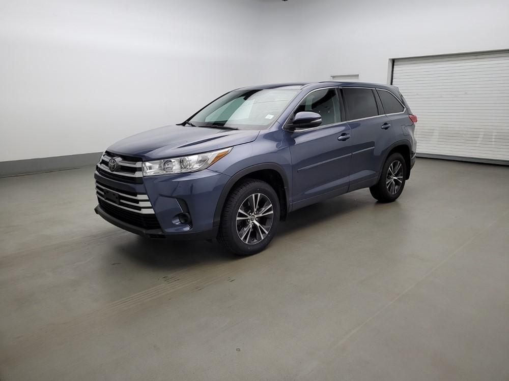 Used 2018 Toyota Highlander Driver Front Bumper