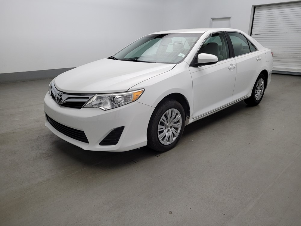 Used 2012 Toyota Camry Driver Front Bumper