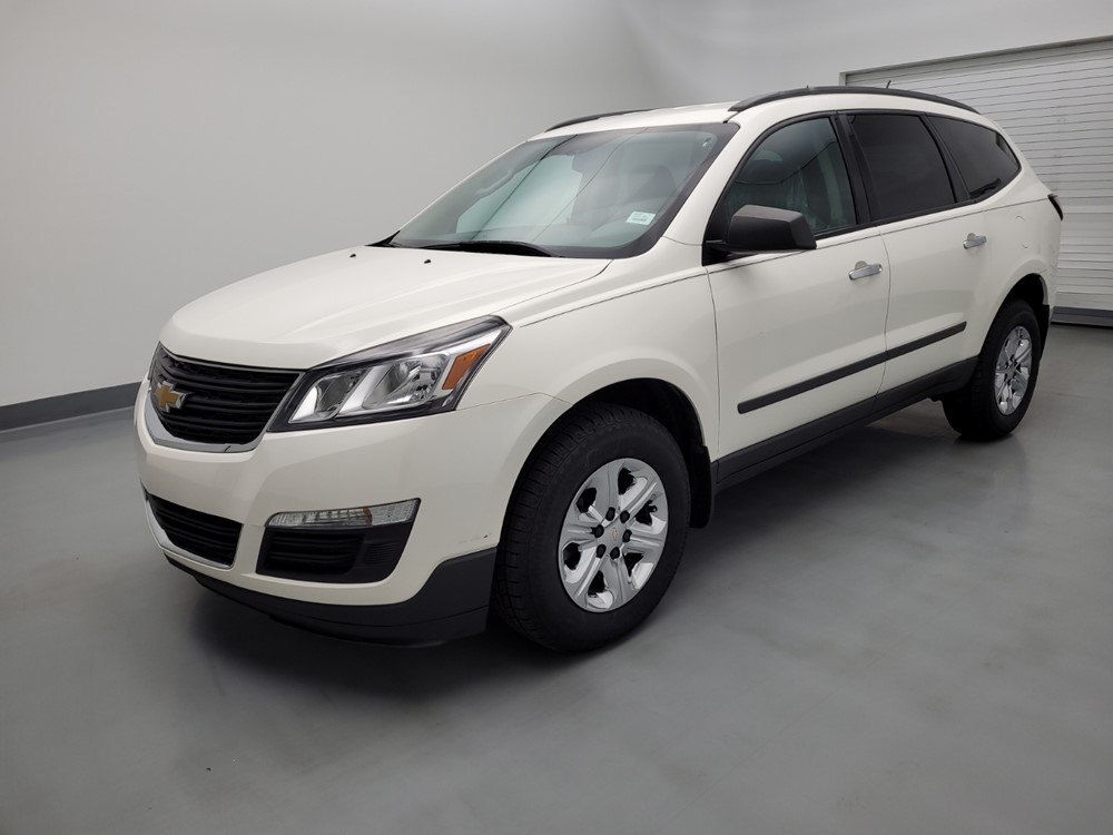 Used 2015 Chevrolet Traverse Driver Front Bumper